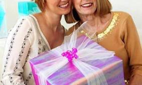 Какой парфюм подарить маме?